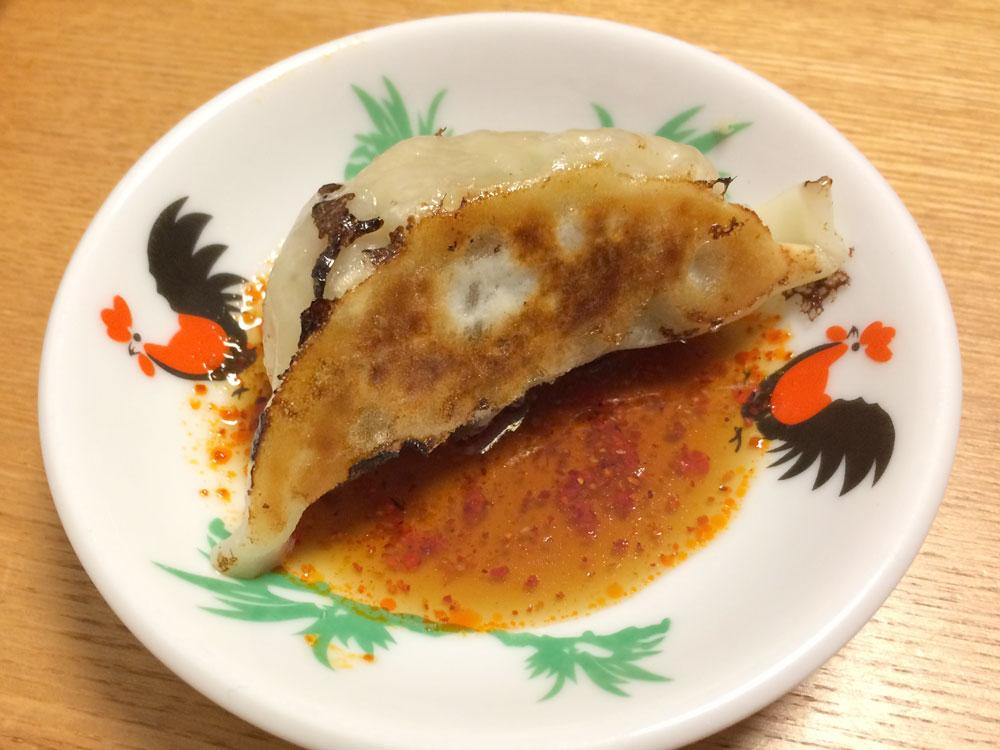 キボリ餃子とタレ