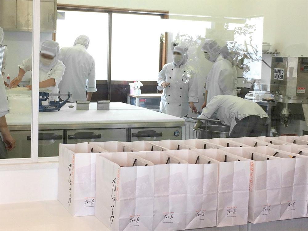 乃が美浜松店のパン工場