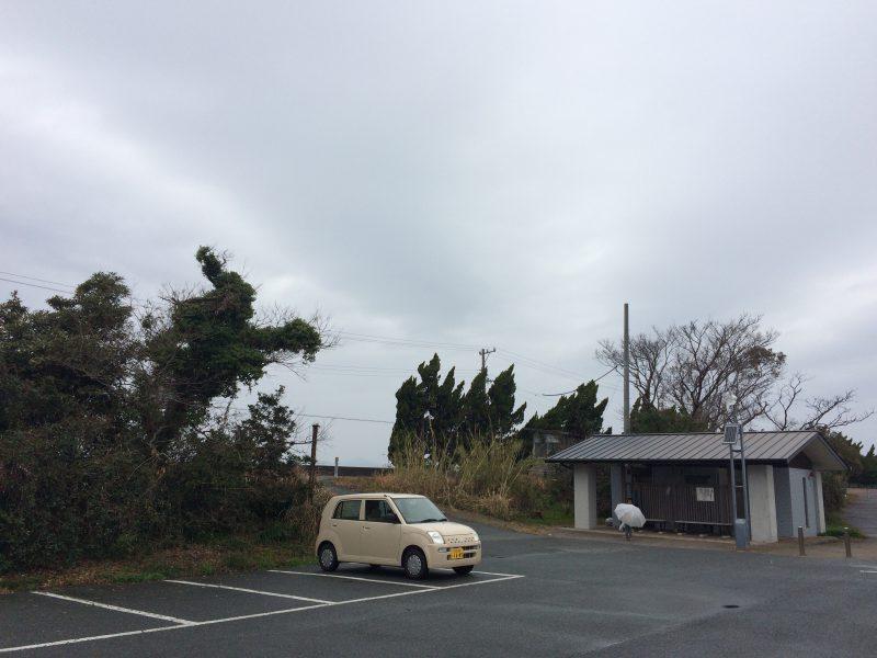 村櫛海水浴場の駐車場とトイレ